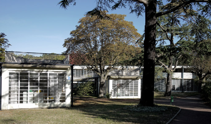 a+t visits the Suresnes Open-air School