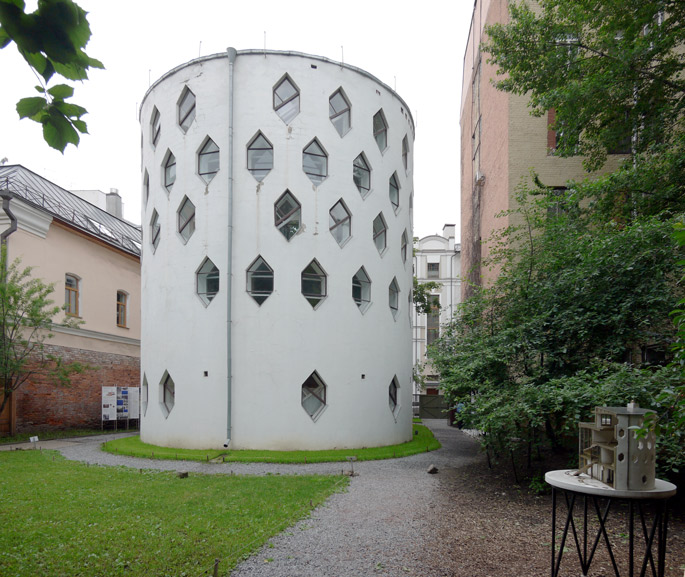 at-melnikov-house-moscow-14