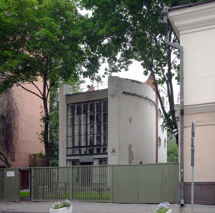 at-melnikov-house-moscow-13